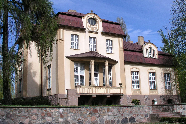 Pałacyk myśliwski w Słupi, cała jego historia